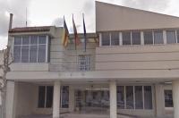 El ICOFCV solicita al Ayuntamiento de Granja de Rocamora que actúe contra una clínica que ofrece servicios terapéuticos por personal no cualificado
