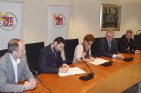 El Colegio Oficial de Fisioterapeutas de la Comunidad Valenciana y la UMH colaborarán en actividades culturales y educativas