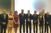 """Manuel Alguacil recibe en la VII Gala de la Salud el premio """"Iniciativa profesional"""" por su destacada trayectoria como fisioterapeuta en la VII Gala de la Salud."""